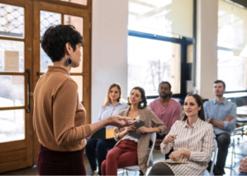 What are the advantages of having an Administrator in your Community of Owners?